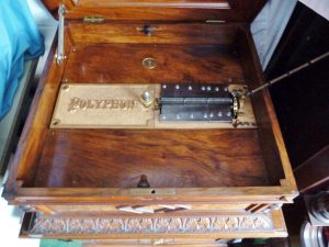"19 5/8"" Table Polyphon"